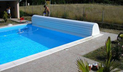 couvertire-de-piscine-ryviera-box