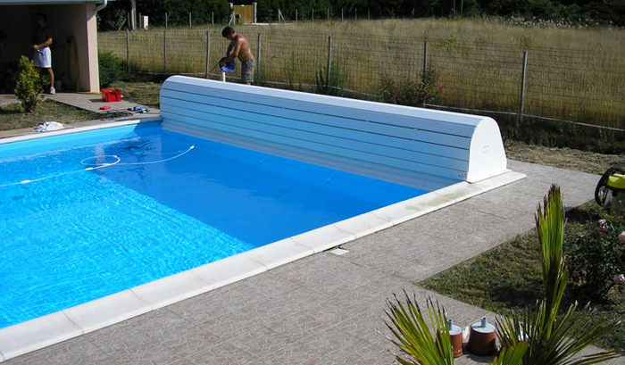 couvertire-de-piscine-ryviera-box