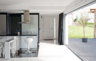 baie vitrée pour maison passive