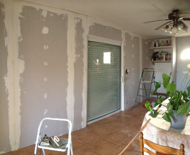 Baie coulissante galandage une baie vitr e qui entre dans le mur blog de orion menuiserie - Porte fenetre a galandage ...