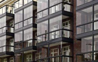 fermeture d'un balcon avec une baie coulissante