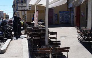 store double pente pour un restaurant