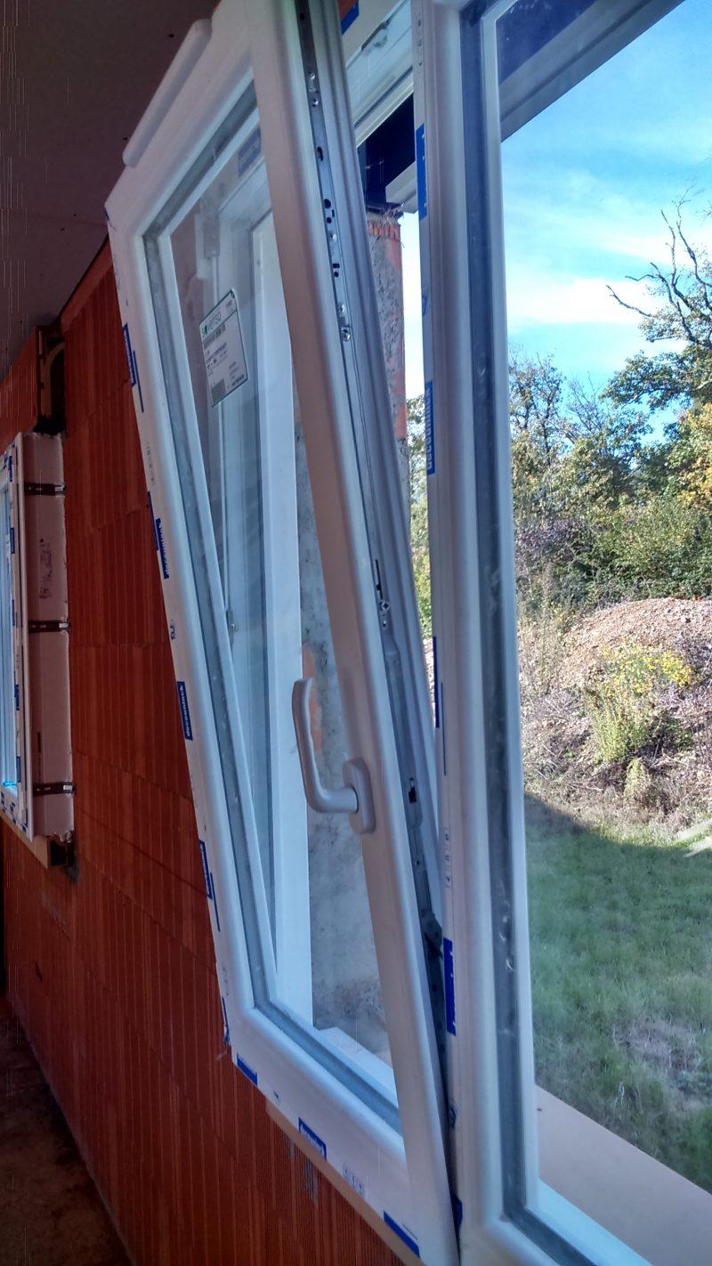 fenêtre PVC oscillo battante