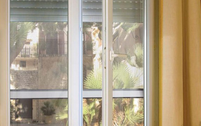 fiche produit le volet roulant avec moustiquaire int gr e blog de orion menuiserie. Black Bedroom Furniture Sets. Home Design Ideas
