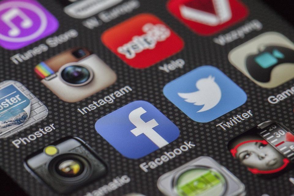 Les questions posées sur les réseaux sociaux