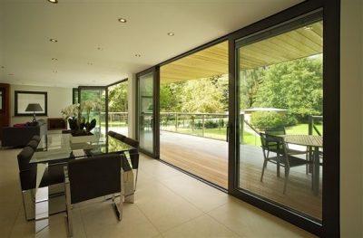 baie vitrée pour une grande ouverture