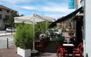 store double pente pour une terrasse de restaurant