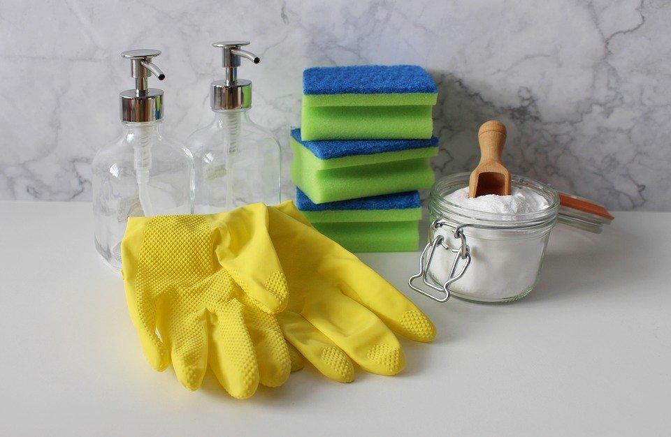 Nettoyer une maison naturellement